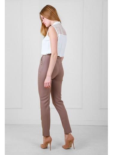 JEANNE D'ARC Yüksek Belli Biye Ve Düğme Detaylı Darpaça Pantolon  Kahve